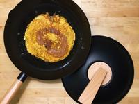鐵鍋蔥花煎蛋