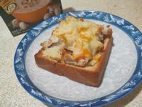 蘑菇白醬焗烤吐司