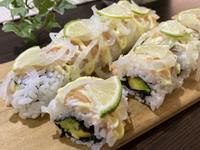 酪梨鮭魚捲