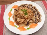 粉蒸桂丁雞胸肉佐奶油蘑菇
