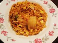 韓式泡菜火腿(培根)蛋炒飯