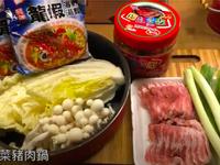 泡菜豬肉鍋~冬天露營最方便