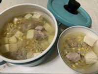 黃豆芽排骨豆腐湯