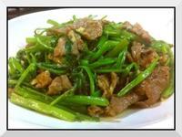沙荼炒牛肉空心菜