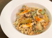 鮭魚沙拉螺絲義大利麵