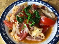 蕃茄香菇素香腸炒高麗菜