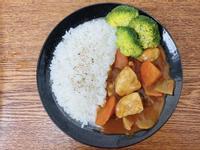 日式咖哩嫩雞飯