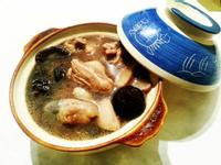 〈梅狀元陳醋老梅膏〉之 梅汁香菇雞湯