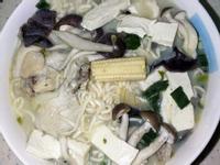 泰國雞肉綠咖哩風味麵