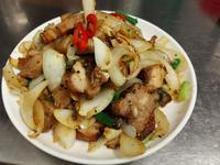 炒胡椒五花肉