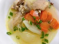 紅蘿蔔洋蔥雞湯