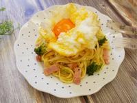 好療癒「雲朵蛋培根義大利麵」好吃又簡單。