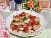 黑胡椒醬汁自己做~黑胡椒彩椒洋蔥炒雞丁