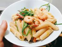 清炒水蓮鮮蝦義大利麵