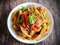 百元家常菜-蠔油炒麵腸  (素)