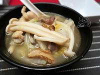 白菜麻油雞翅湯