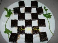 紅麴燒烤蜜鴨血糕