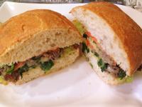 【Take a bread!創意三明治、麵包早餐】菠菜牛肉起司巧巴達三明治