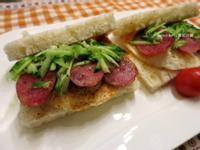 台式香腸三明治(吐司)~清冰箱早餐菜色