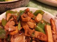 青椒豆干炒肉片