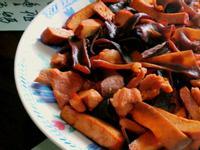 木耳豆干炒肉絲