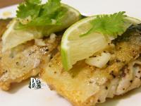 香煎鯖魚佐奶油蒜香青檸