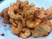 義式番茄檸檬辣炒鮭魚佐白蝦