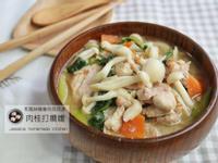 肉桂打噴嚏|和風味噌雞肉菇菇湯