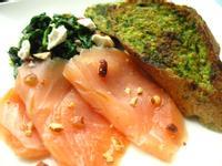 週末早午餐第一篇---菠菜佐煙燻鮭魚