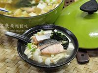 [一鍋隨意煮]鮮菇鮭魚味噌湯