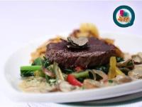 《東西吃了沒》牛菲力牛排佐松露蘑菇奶油醬肉