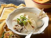 【無毒‧無二 真食物的生活家】鯽魚豆腐湯