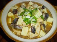 鹹魚雞粒豆腐煲