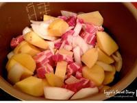 [電鍋] 懶人料理- 馬鈴薯燉肉