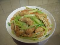 快手菜-芹菜炒豆腸