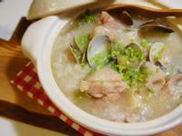 蛤蠣雞腿砂鍋粥