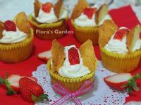 蝴蝶蜂蜜海綿蛋糕~草莓就愛鷹牌煉奶
