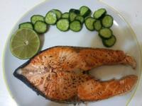 檸檬煎鮭魚