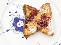 石榴籽法式吐司-甜膩北歐風早餐