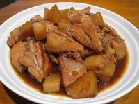 【粉豬兒】馬鈴薯燜雞翅