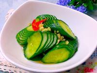 十分鐘快速上桌口感豐富超有層次的醃小黃瓜