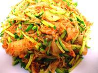 泡菜小黃瓜炒冬粉
