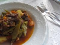 茄汁豆莢燉牛肉
