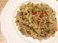 低熱量蒜香雪白菇。by克莉絲塔