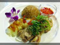 海南雞、飯與醬汁