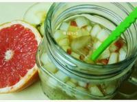 〔飲品〕蘋果葡萄柚綜合果汁