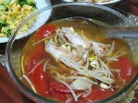 蕃茄黃豆芽雞湯
