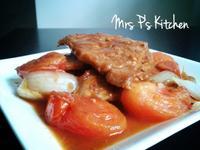 鮮茄洋蔥燴豬排[簡易家常菜]