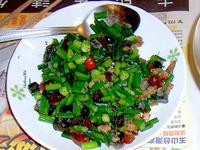 [ 5分鐘快炒] 韭菜花炒皮蛋肉末