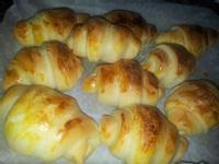 奶油牛角麵包